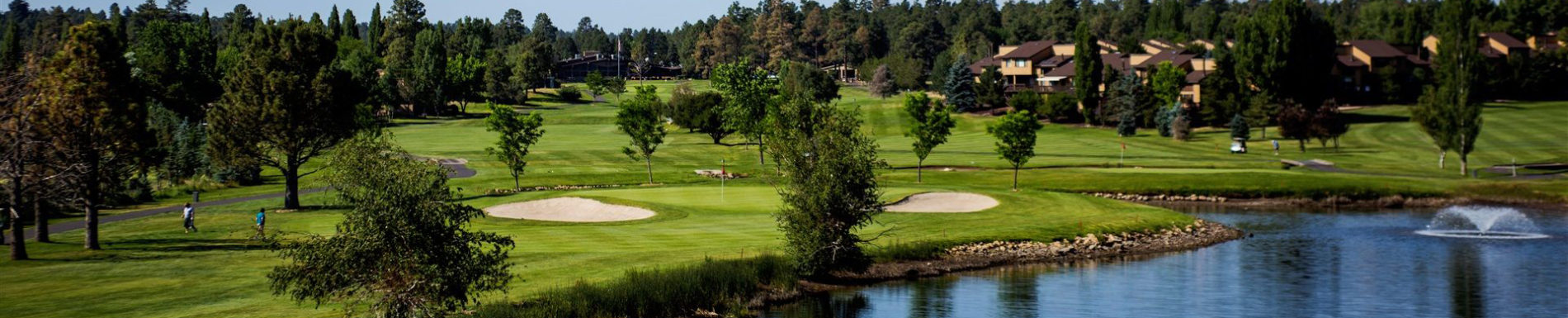 A picturesque golf course awaits you in Flagstaff.